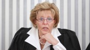 השופטת עדנה ארבל באחד הדיונים האחרונים בבית המשפט העליון טרם פרישתה, 22.6.14 (צילום: נועם מושקוביץ)