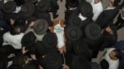 לווייתה של חיה-זיסל ברון, שנהרגה בפיגוע בירושלים, 22.10.14 (צילום: יונתן זינדל)