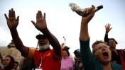 יהודים ונוצרים מתפללים יחדיו על הר הזיתים, 12.10.14 (צילום: נתי שוחט)