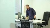 ערן טיפנברון, עורך ynet, מתוך סרטון היתולי פנימי של האתר (צילום מסך)
