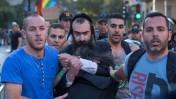 ישי שליסל מובא למעצר לאחר שדקר צועדים במצעד הגאווה בירושלים, 30.7.2015 (צילום: פלאש90)