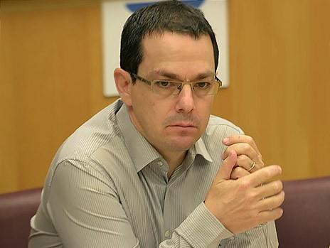 نتيجة بحث الصور عن עמוס הראל - כתב צבאי