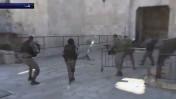 """שוטרי מג""""ב יורים במחבל בשער שכם (צילום מסך)"""
