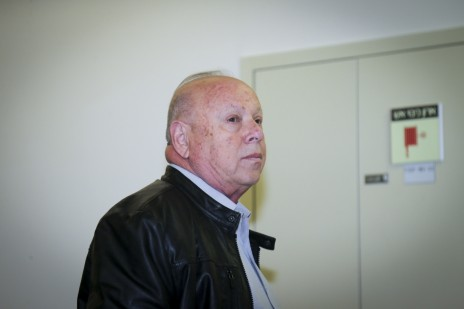 יוסי וסרמן בבית-המשפט המחוזי בתל-אביב, 8.12.16 (צילום: פלאש 90)