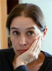 """אלונה בר-און (צילום מסך מתוך התוכנית """"עובדה"""")"""
