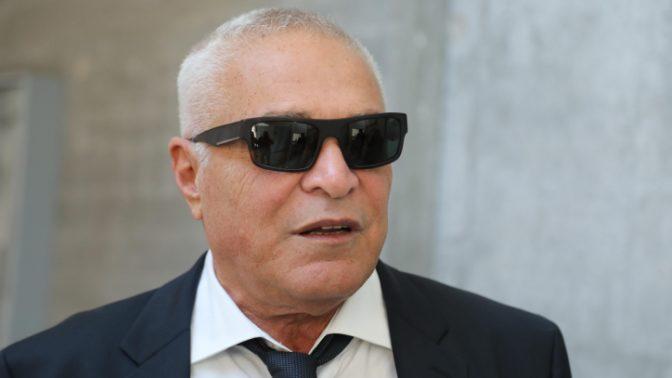 יוסי כהן מגיע לדיון במשפט נגד יגאל סרנה, 14.3.17 (צילום: גדעון מרקוביץ')